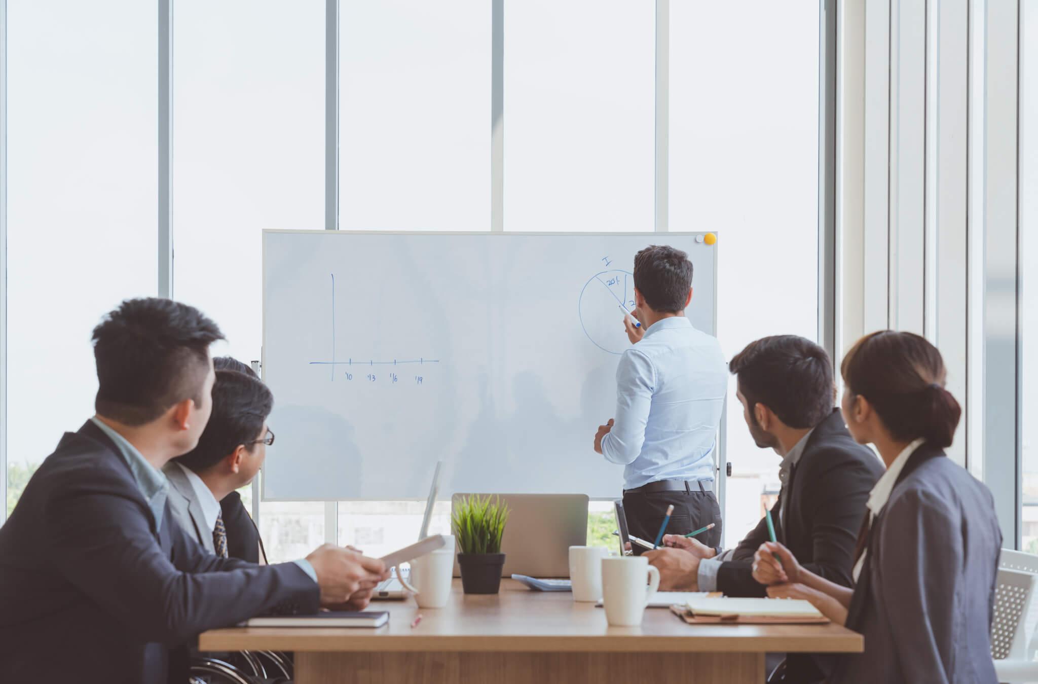 Špičkové vzdelávanie pre zamestnancov analytických útvarov